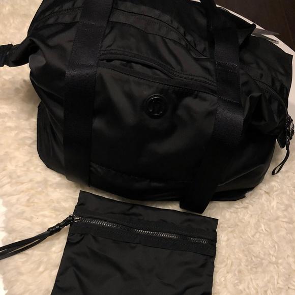 fa67884bf7d7 lululemon athletica Handbags - Lululemon Gym Yoga Bag with Removable Pouch  EUC